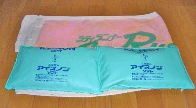 バスタオル枕カバーとアイスノン