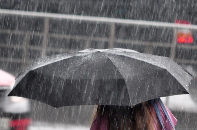 「強い雨」の画像検索結果