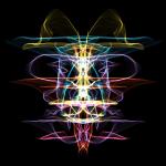 マウスを適当に動かすだけで綺麗なグラフィックを描けるサイト「Silk」