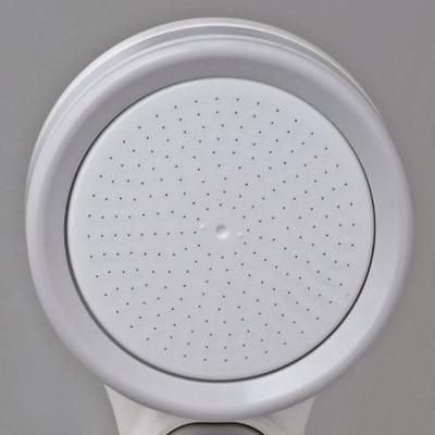均等配列されたシャワー穴