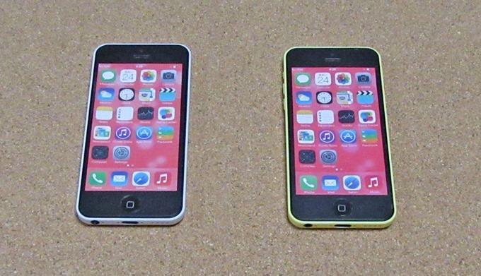 iPhoneモックアップの表面