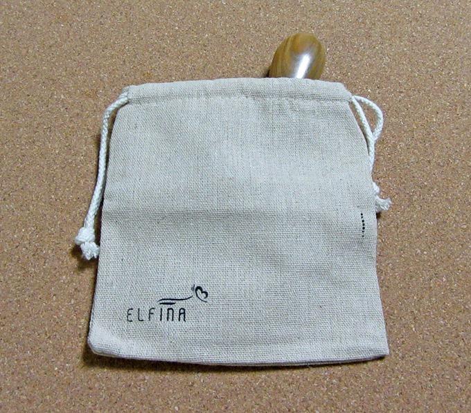 エフィーナ ヘアケアブラシの収納袋