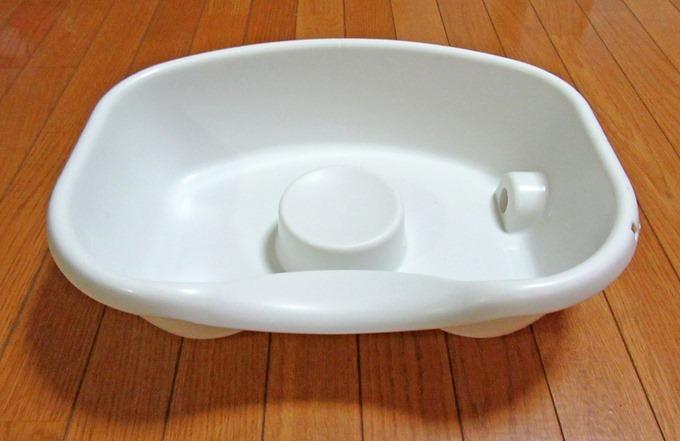 樹脂製の洗髪槽