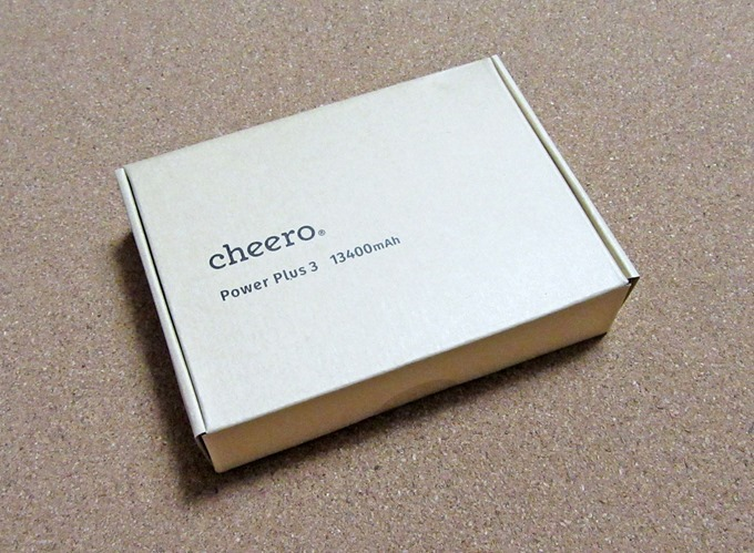 cheero Power Plus3の箱