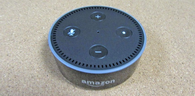 Amazon Echo Dot外観