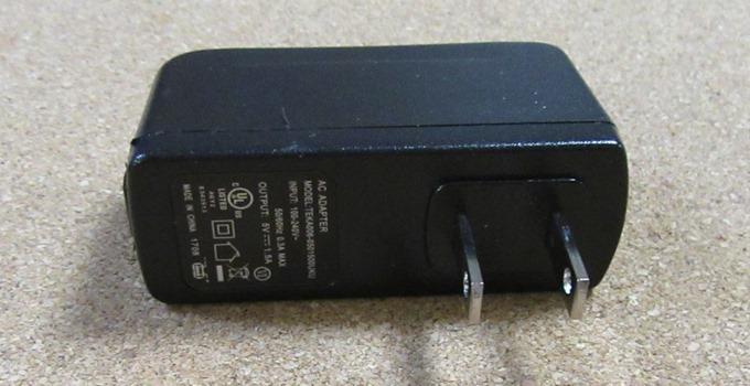 ACアダプターのコンセントプラグ(LM700)