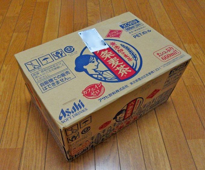 アサヒ飲料六条麦茶ペットボトルの箱
