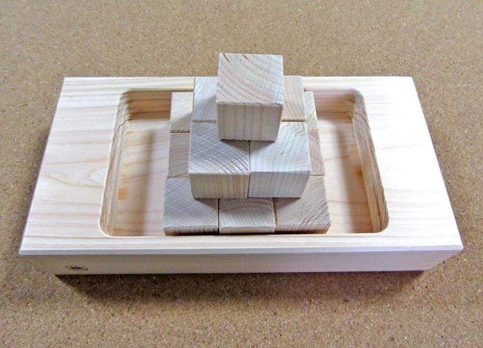 ヒノキ加湿器のブロックを積み上げた状態