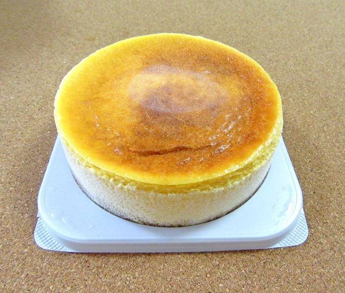 フロム蔵王のチーズケーキ(斜め)